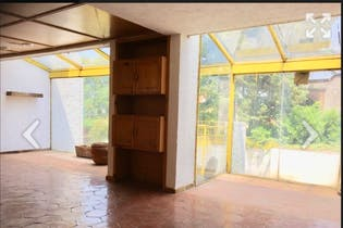 Casa en venta en Fuentes Brotantes, 380mt de tres niveles.