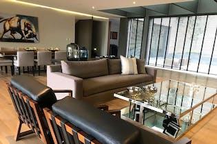 Casa en venta en Lomas de Bezares, 815mt de cuatro niveles.