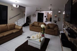 Casa en venta en San Juan Ixhuatepec, 980mt tres niveles.