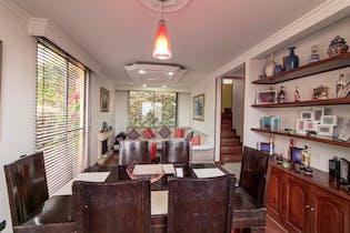 Casa en venta en Casa Blanca Suba de 167mts, tres niveles