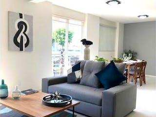 Una sala de estar llena de muebles y una televisión de pantalla plana en Vallejo 291