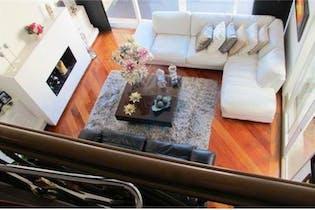 Casa en venta en Usaquén, 381mt de dos niveles.