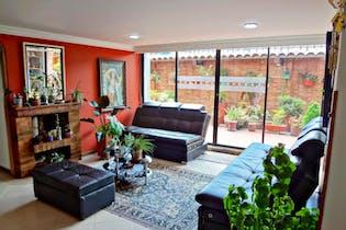 Apartamento en venta en La Cabrera de 143m²