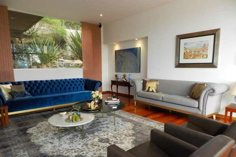 Portada Casa en venta en Sopo de 470mts, tres niveles