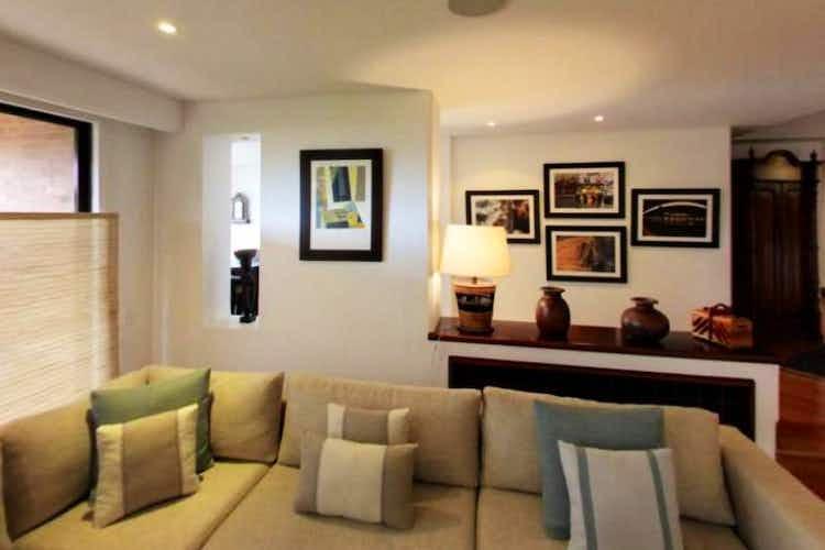 Portada Apartamento en venta en Bosque Medina de tres habitaciones