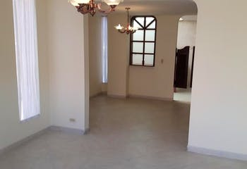 Casa en venta en Casco Urbano Chía de 3 habitaciones