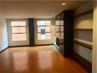 Una vista de una sala de estar y una sala de estar en Apartamento en venta en San Patricio, de 101mtrs2