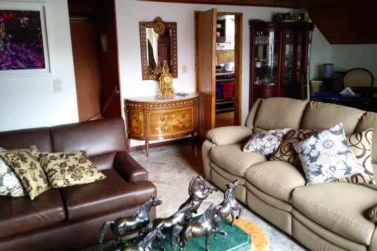 Portada Casa en venta en Santa Ana Occidental, 159mt de cuatro niveles.
