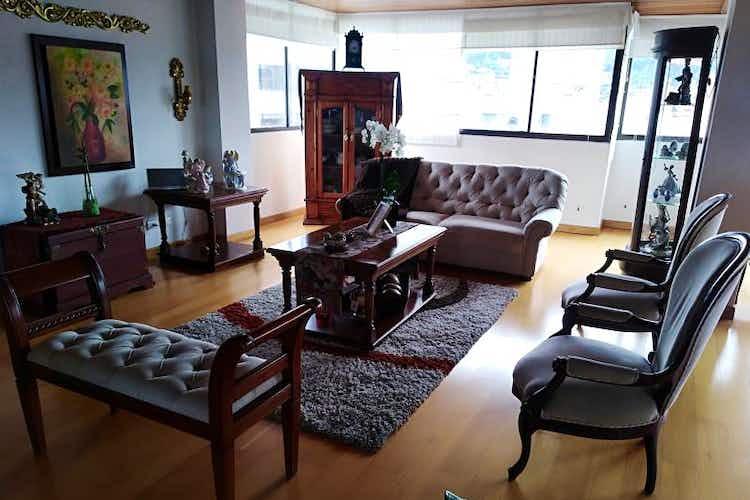 Portada Apartamento en venta en Santa Bárbara Central, de 250mtrs2