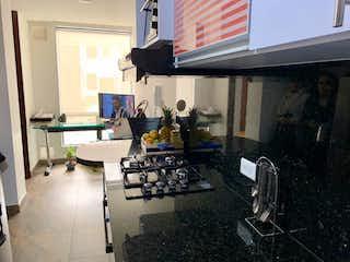 Una habitación llena de muebles y una ventana en Apartamento En Venta En Puente Largo, de 29,94mtrs2