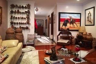 Apartamento en venta en Chicó Navarra con acceso a Jardín