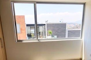 Casa en venta en Adolfo Lopez Mateos de 230mts, dos niveles