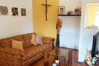 Casa en venta en Lomas de Vista Hermosa de 180mts, dos niveles