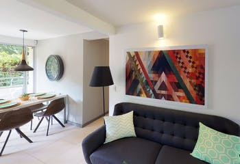 Apartamento en venta en Santa Ana 52m² con Piscina...