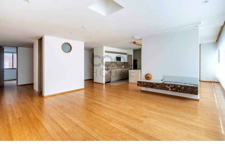 Portada Apartamento en venta en El Virrey de 200 mt2.
