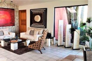 Casa en venta en Valle Escondido 3 recámaras
