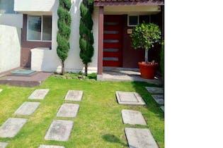 Casa en venta en Bosques de Tarango