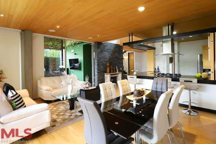 Portada Casa en venta en Loma del Atravezado, 260mt de dos niveles.