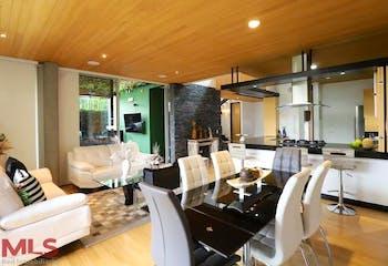 Casa en venta en Loma del Atravezado, 260mt de dos niveles.