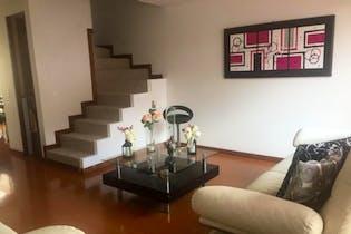 Casa en venta en Casco Urbano Chía 105m² con Bbq...