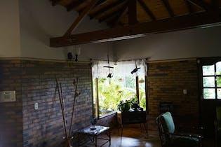 Casa en venta en Carmen de Viboral de cuatro habitaciones