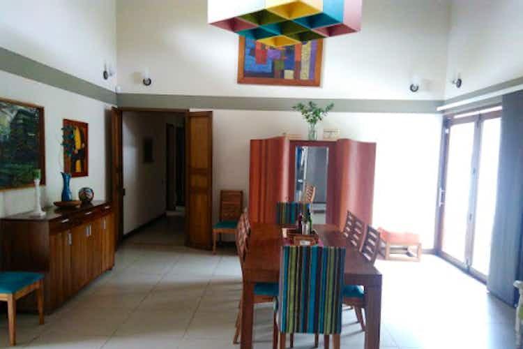 Portada Casa en venta en el El Retiro  de 4 habitaciones