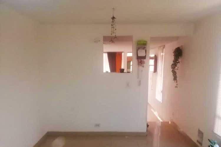 Portada Casa en venta en  Bogota San Cipriano de 4 habitaciones