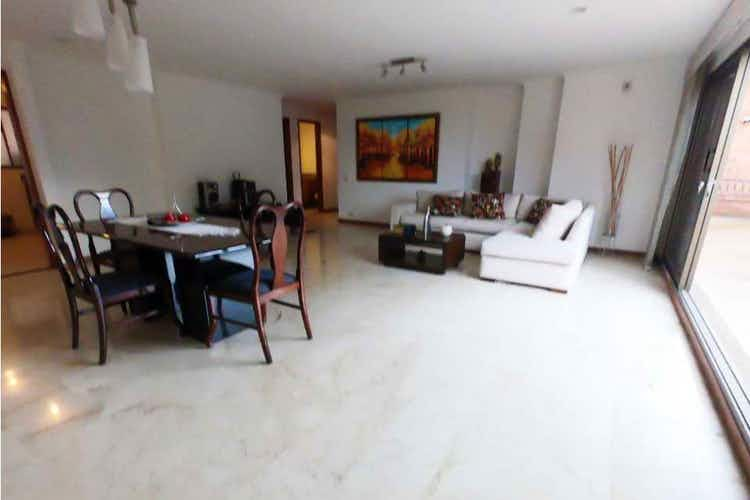 Portada Apartamento en venta en Castropol, 240mt con balcon