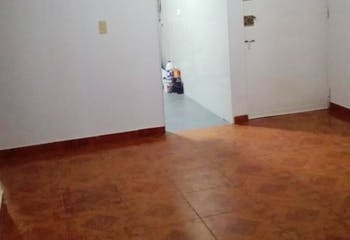 Apartamento en venta en San Antionio Norte de tres habitaciones