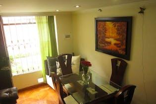 Casa en venta en Soacha, 58mt de cuatro niveles.