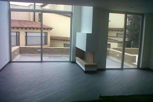 Casa en venta en Barrio Niza, 200mt de tres niveles.