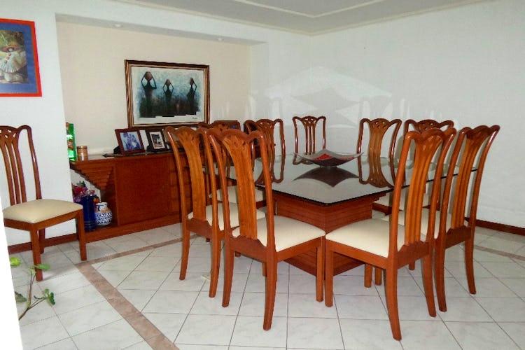 Foto 2 de Casa en venta en Del Valle Norte 420 m2 con jardín