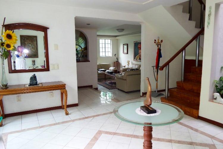Foto 10 de Casa en venta en Del Valle Norte 420 m2 con jardín