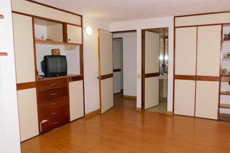 Portada Apartamento en venta en Santa Helena de tres habitaciones