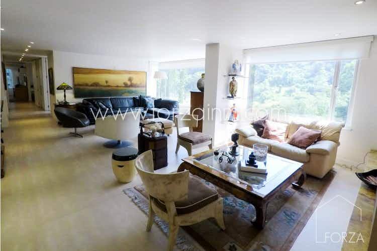 Portada Apartamento en venta en Chicó Reservado, de 210mtrs2