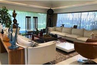 Casa en venta en Lomas Anáhuac de 1600mts, dos niveles