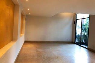Casa en venta en Del Valle Centro de  3 recámaras