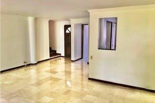 Apartamento en venta en El Poblado 155m² con Bbq...