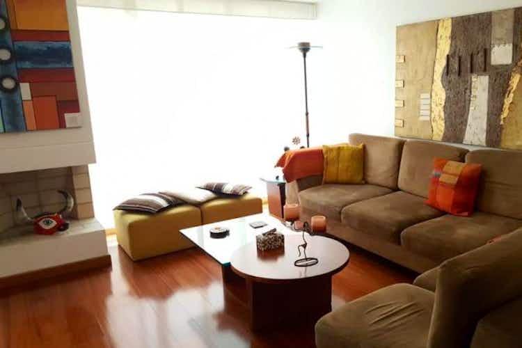 Portada Apartamento en venta en Colina Campestre, 123mt con chimenea