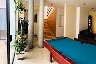 Casa en venta en San Pedro de los Pinos de cuatro recamaras