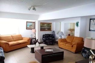 Casa en venta en Xotepingo de 288mts, tres niveles