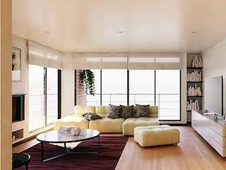 Una sala de estar llena de muebles y una gran ventana en Arona