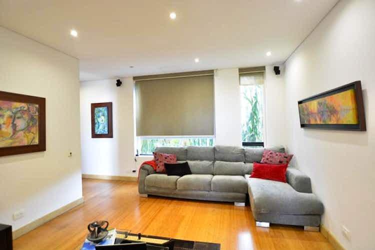 Portada Casa En venta en  La Calera de 5 habitaciones