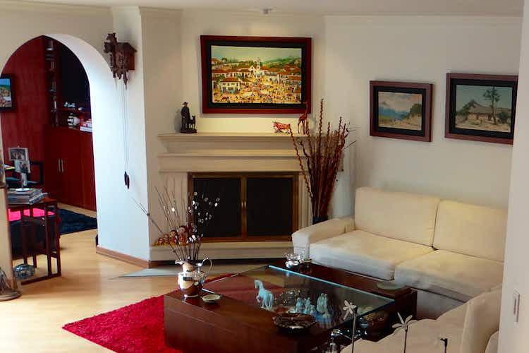 Portada Apartamento en venta en San Patricio de 4 habitaciones