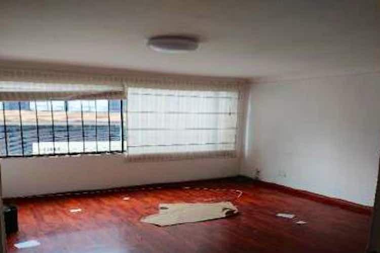 Portada Apartamento en venta en  Santa Bibiana  de 3 habitaciones