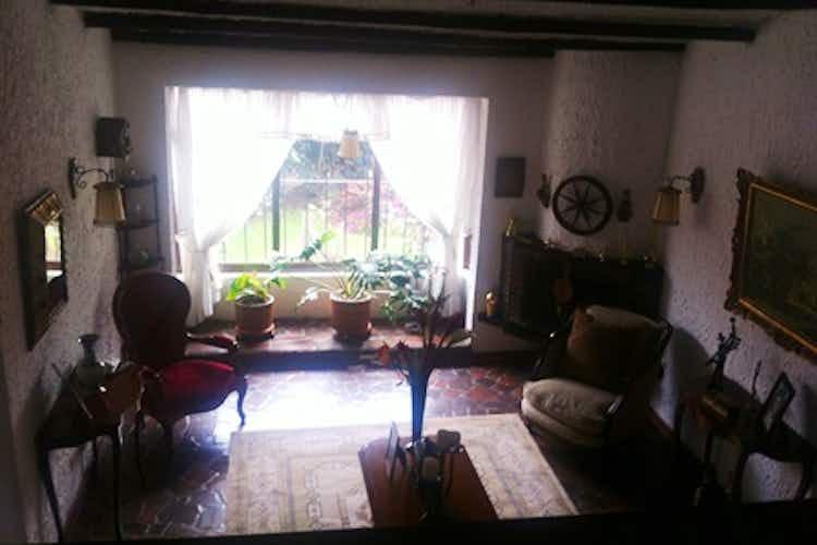 Portada Casa en venta en  Pontevedra  de 4 habitacioens