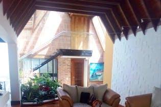 Casa en venta en Bosque De Pinos de 4 hab.