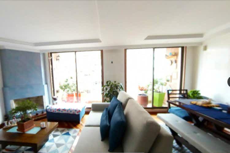 Portada Apartamento en venta en Ciudad Salitre Oriental de tres habitaciones