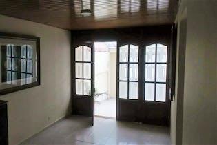 90683 - Casa para la venta en Villa del prado, excelente zona residencial y comercial.