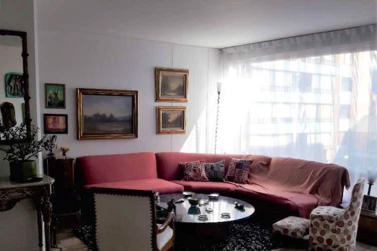 Portada Apartamento en venta en Batan de tres habitaciones